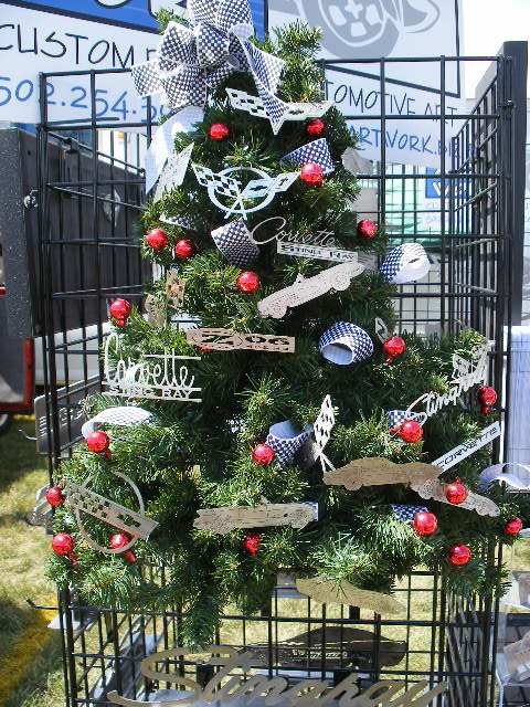 19 Christmas Tree Themes CRAFT