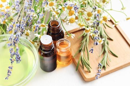 Aromatherapy-Fresh-Flowers-500-x-333