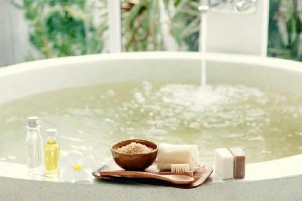 baie cu sare si uleiuri esentiale - leacuri din batrani de ajutor sistemului imunitar