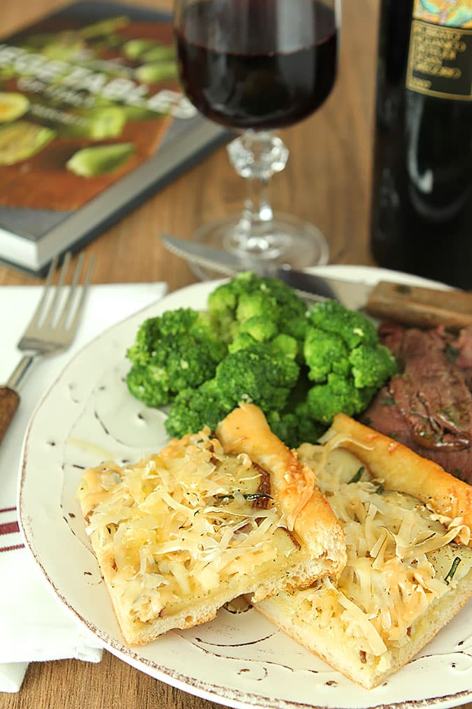 Potato Pizza with Smoked Gouda Cheese, Broccoli and Tagliata