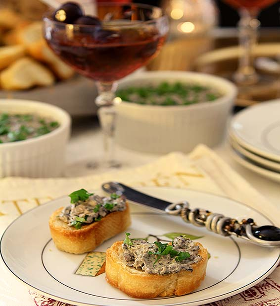Mad Men Manhattan and a Mushroom Pate from Creative-Culinary.com