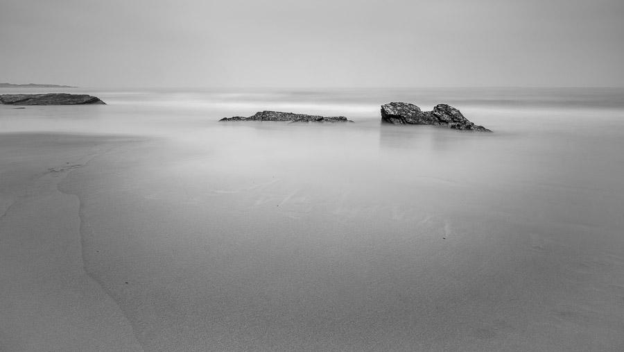 Minimal black and white landscape photo