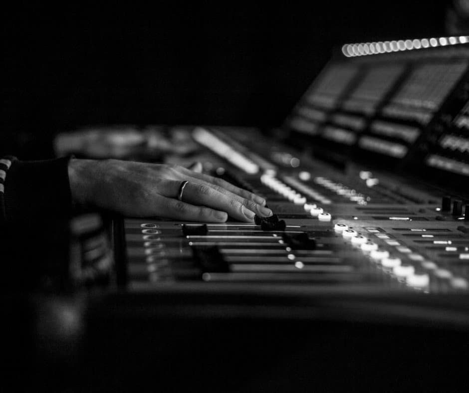 Music Production Tips: 5 Things You Can Start Doing RIGHT NOW To Improve Your Mixes