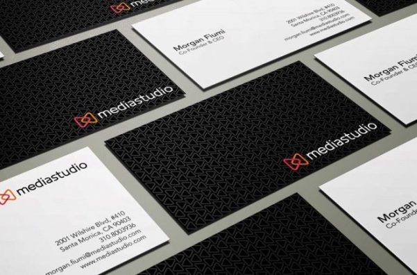 corporate-business-card-design-with-pattern