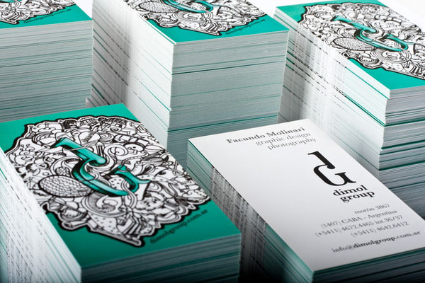 creative-corporate-business-card-with-pattern
