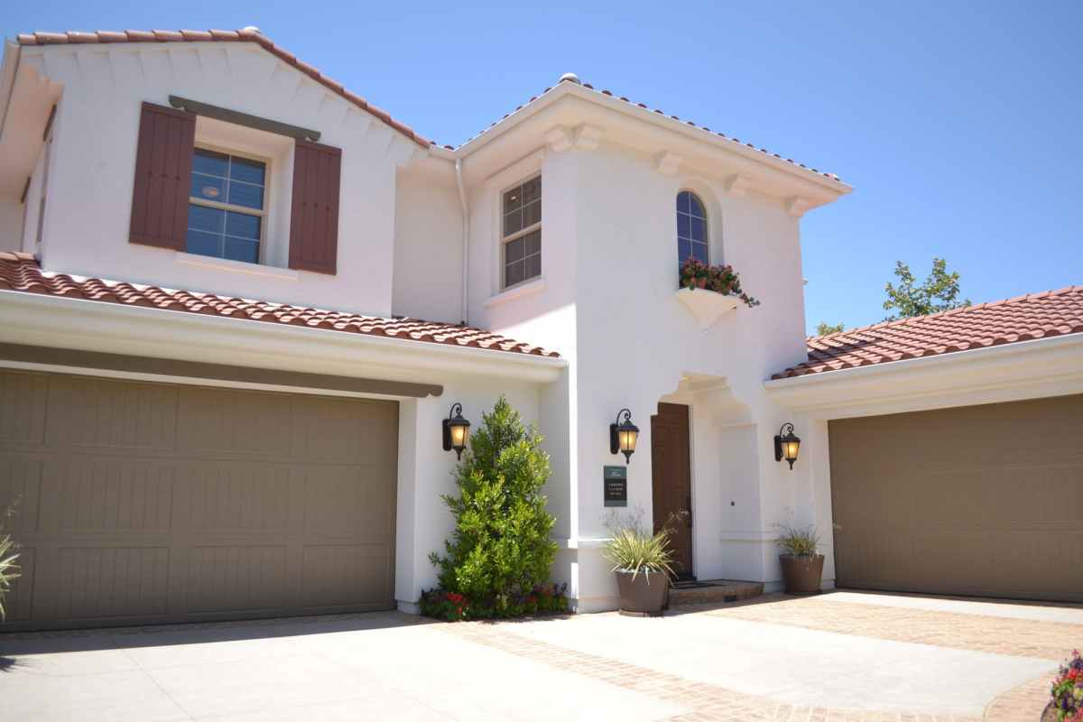 Residential services & mortgages