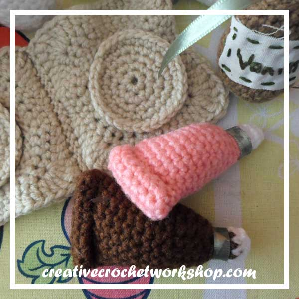 Little Cookie Baking Set Part Four - Free Crochet Pattern | Creative Crochet Workshop #freecrochetpattern #crochet #crochetfood #crochetplayset #cookiebaking #crochetcookie #playfood @creativecrochetworkshop
