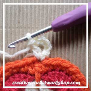 HEXAGON IN A SQUARE|STEP 009| CROCHET A BLOCK|CREATIVE CROCHET WORKSHOP