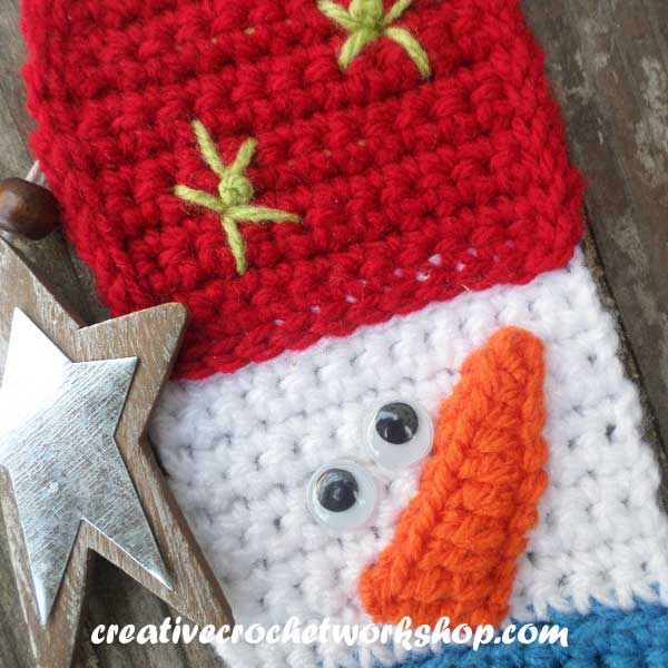 CHARMING SNOWMAN BOOKMARK CLOSE UP | CREATIVE CROCHET WORKSHOP