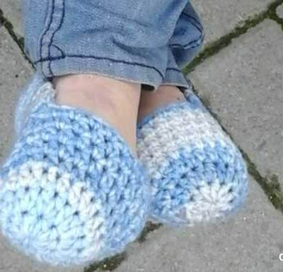 WINTER BLUES EASY SLIPPERS