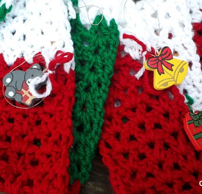 FUN NOVELTY ORNAMENT CHRISTMAS SCARF
