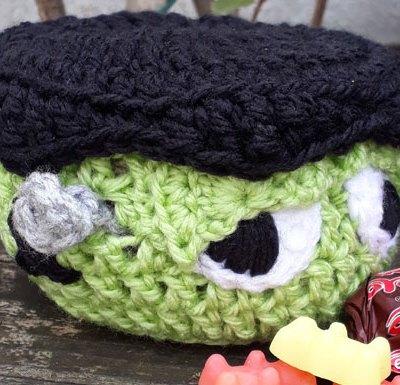 Frankenstein Monster Mini Basket | 2017 Holiday Blog Hop | Creative Crochet Workshop @creativecrochetworkshop #freecrochetworkshop #2017holidaybloghop