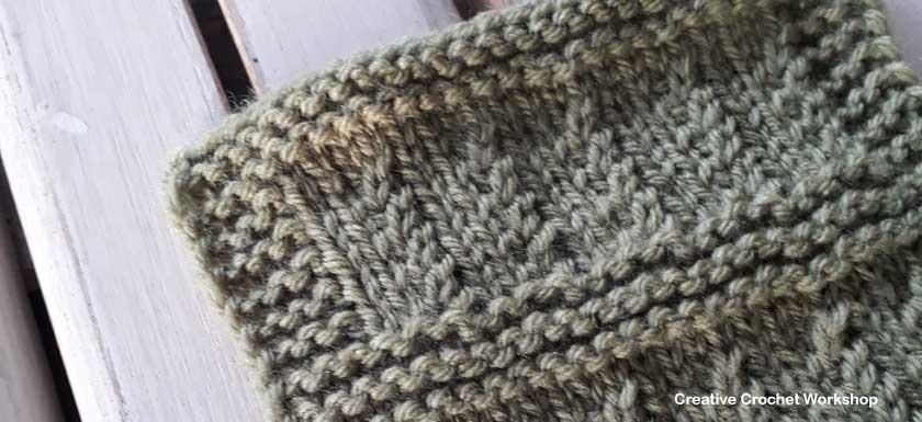 Ripple Rib Knit Square - Free Knitting Pattern | Creative Crochet Workshop #KALCorner