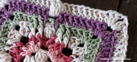 Passion Flower Square - Free Crochet Pattern | Creative Crochet Workshop #freecrochetpattern #crochet #crochetsquare