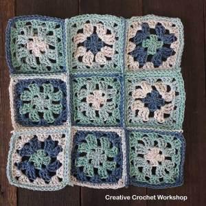 Revival Granny Square Sock Bag | Creative Crochet Workshop #freecrochetpattern #crochet #ccwrevivalgrannysockbag