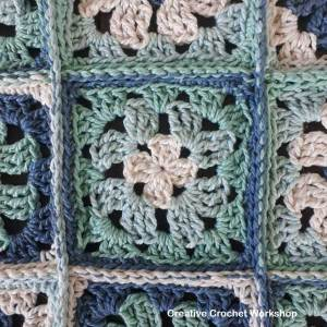 Revival Granny Square Sock Bag | Creative Crochet Workshop #freecrochetpattern #crochet #ccwrevivalgrannysockbag