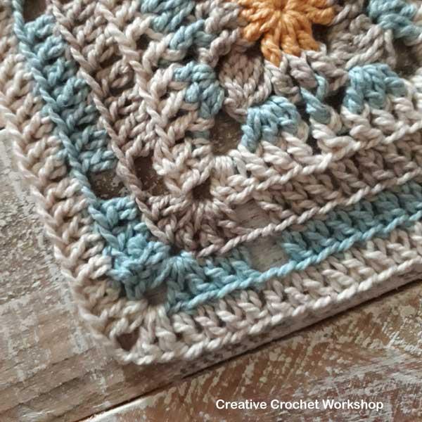 Joy Trellis Square - Free Crochet Pattern | Creative Crochet Workshop #freecrochetpattern #crochet #crochetsquare