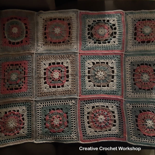 2019 Crochete A Block Joining - Free Crochet Pattern | Creative Crochet Workshop @creativecrochetworkshop #freecrochetpattern #grannysquare #afghansquare #crochetalong #ccwcrochetablock2019