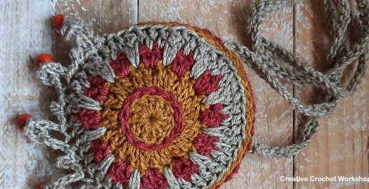 Rustic Boho Neck Purse - Free Crochet Pattern   Creative Crochet Workshop @creativecrochetworkshop #freecrochetpattern #crochetaccessory #bohocrochet #bohemian #crochet