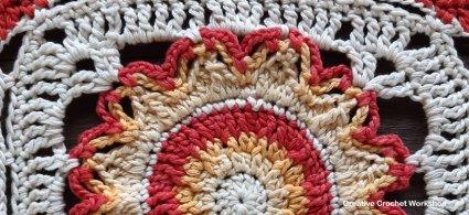 Elio Crochet Square - Free Crochet Pattern | Creative Crochet Workshop @creativecrochetworkshop #freecrochetpattern #grannysquare #afghansquare #crochetalong #ccwcassiopeiathrow