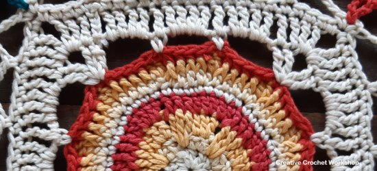 Lunar Crochet Square - Free Crochet Pattern | Creative Crochet Workshop @creativecrochetworkshop #freecrochetpattern #grannysquare #afghansquare #crochetalong #ccwcassiopeiathrow