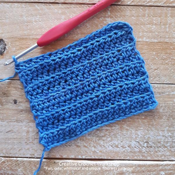 Beach Blues Cal Section Five - Free Crochet Along | Creative Crochet Workshop @creativecrochetworkshop #freecrochetpattern #crochetbabyblanket #crochetalong #ccwbeachbluesbabyblanket