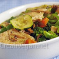 Seitán caramelizado con verduras