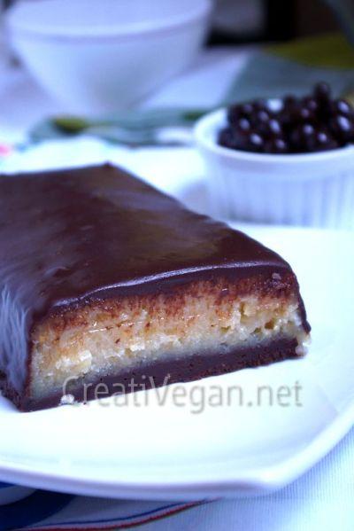 Turrón de yogur griego vegano con cobertura de chocolate