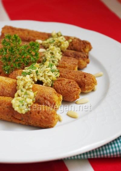 Salchichas de tofu al pesto de frutos secos
