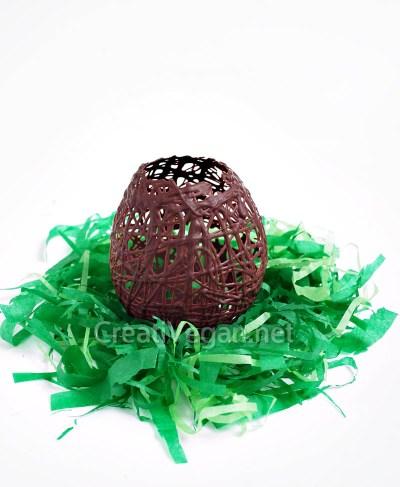 Huevo de rejilla de chocolate