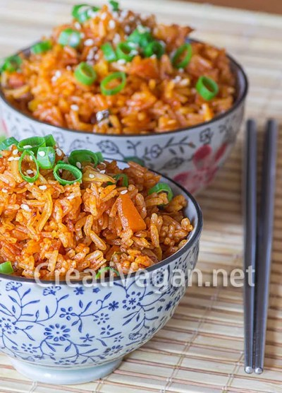 Kimchi-bokkeumbap (arroz frito con kimchi)