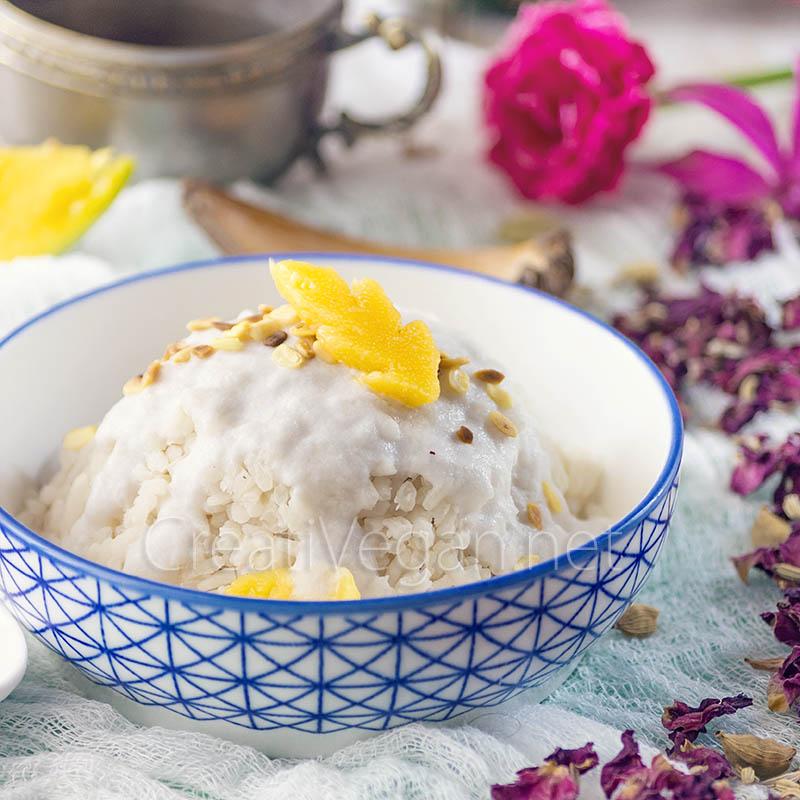 Arroz glutinoso con mango (Khao Niao Mamuang) - CreatiVegan.net