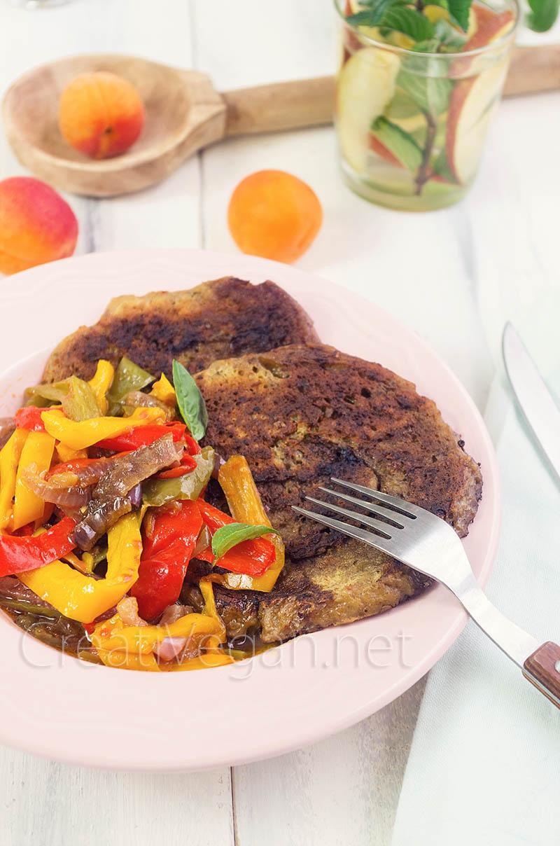 Filetes de seitán con peperonata