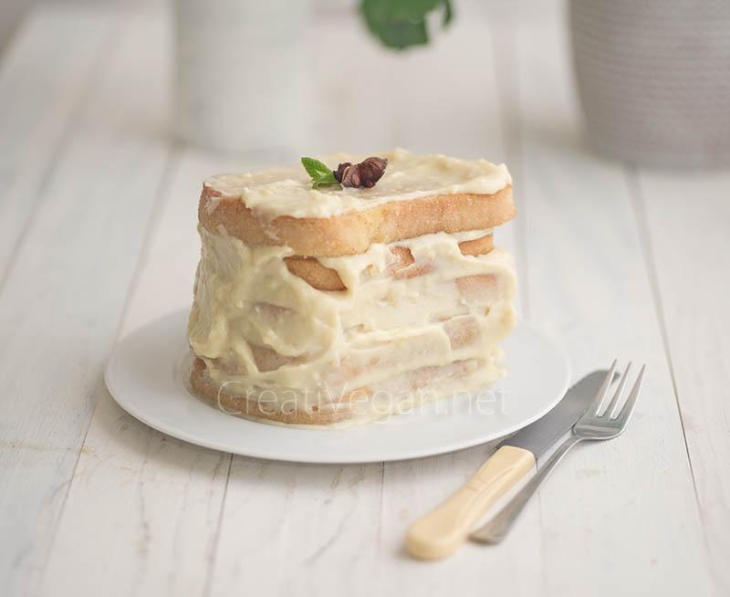 Tarta de torrijas veganas sin gluten con crema pastelera