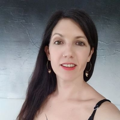 Lucia Martínez - DimeQuéComes