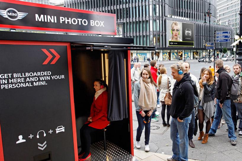 b58458898327d0bed13bae196d74bd84 MINI Its Personal Photo Box Guerrilla Marketing Campaign Guerilla Marketing Example