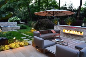 landscaping outdoor living space