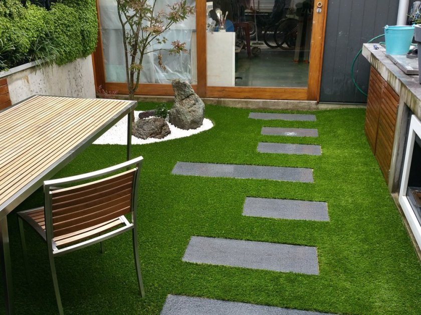 Beautiful small compact backyard makeover with Synthetic Turf Grass to eliminate maintenance and management, and save time.