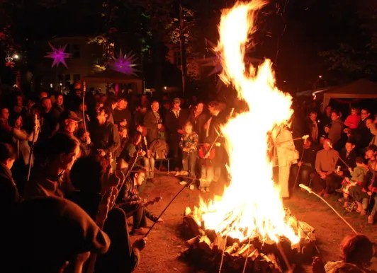 Photo from: http://edequity.org/szlag.php?q=walpurgisnacht-2011&page=6