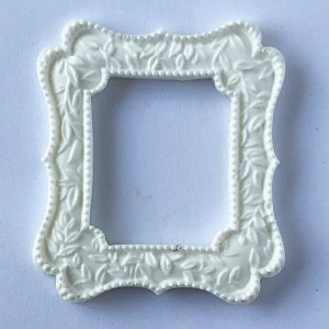Scrapbooking Dollhouse Picture Frame MF24
