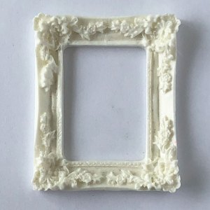 Scrapbooking Dollhouse Picture Frame MF35