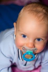 10 Best pacifiers for breastfed babies 2019