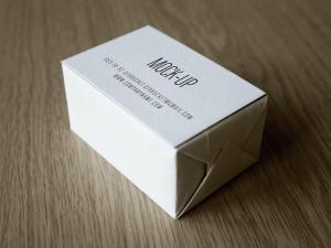 Creative Simple Business Card Deck Mockup PSD