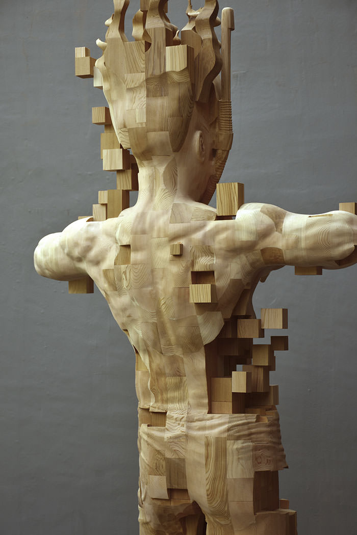 These Pixelated Sculptures That Look Like Computer