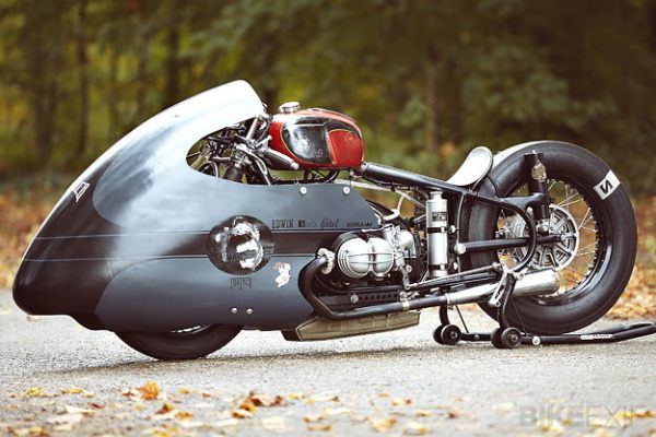 bmw-racing-motorcycle-1
