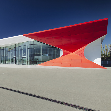 Kutaisi-Internatioinal-Airport-by-UNStudio_dezeen_50sq