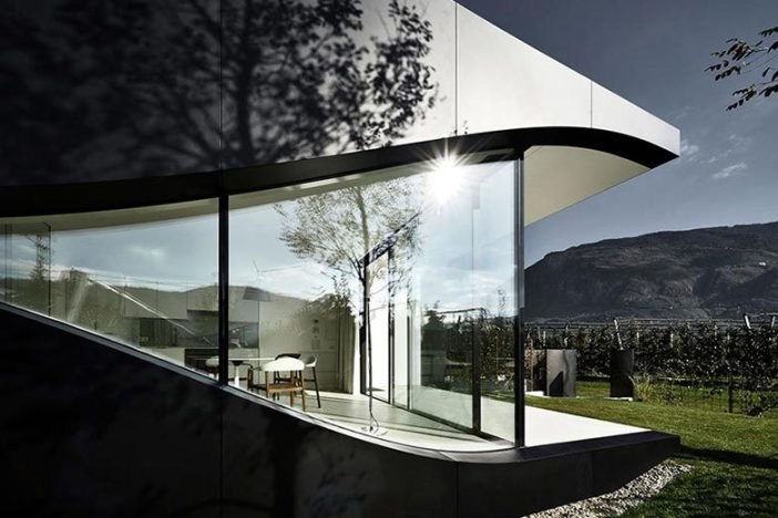 mirror-houses-peter-pichler-northern-italy-04