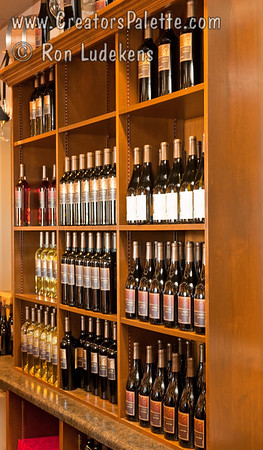Cru Wine Display