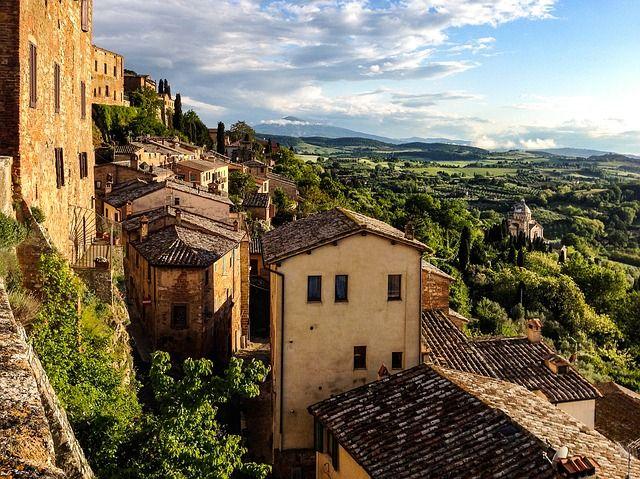 Montepulciano uno de los pueblos más bonitos de La Toscana