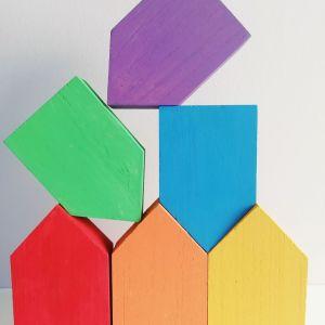 Casitas arcoiris de madera